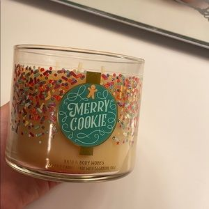 Bath and Body Works Merry Cookie Candle